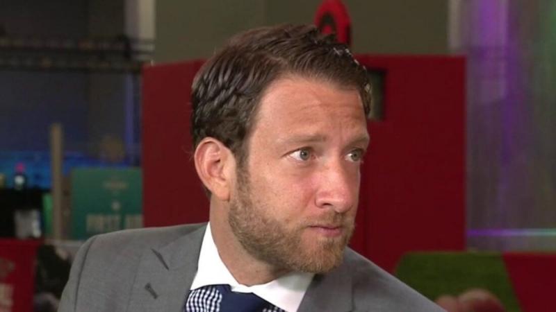 Основатель Barstool Sports встретился с Биткоин-миллиардерами и вложил сотни тысяч долларов в криптовалюту