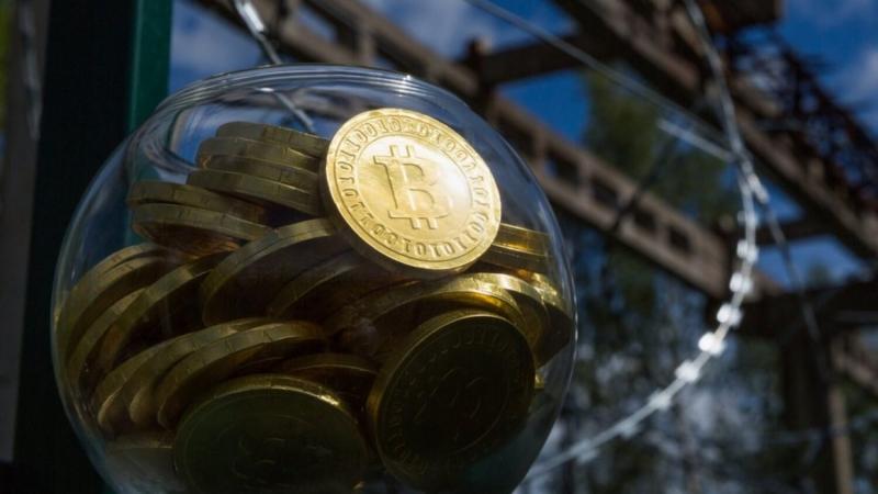 КРИПТОЖМЫХ / Потеря 1400 биткоинов, предложение запрета криптовалют в России и инструкция по Uniswap
