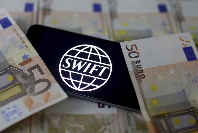 Насколько велика роль криптовалют в отмывании денег: ответ экспертов SWIFT