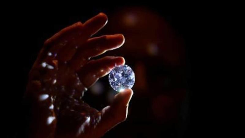 Создатели криптовалютного стартапа хотят привязать бриллианты к блокчейну