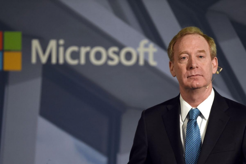 Представители Microsoft рассказали, собирается ли компания инвестировать в Биткоин