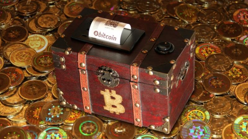 Ранний криптоинвестор получил утерянные биткоины на 300 тысяч долларов. Как ему это удалось?
